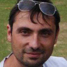 Profile picture for user Giulio Angiani